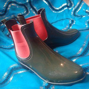 Forest Green & Coral Rain Booties Size 7.5